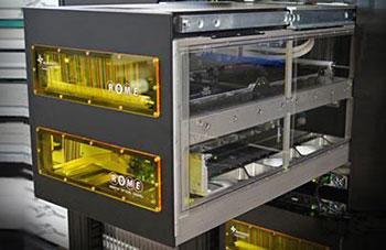 光配線切替ロボットのイメージ画像