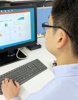 写真(CCSP(Certified Cloud Security Professional)合格体験記 副主任技師 大崎光洋(40代))